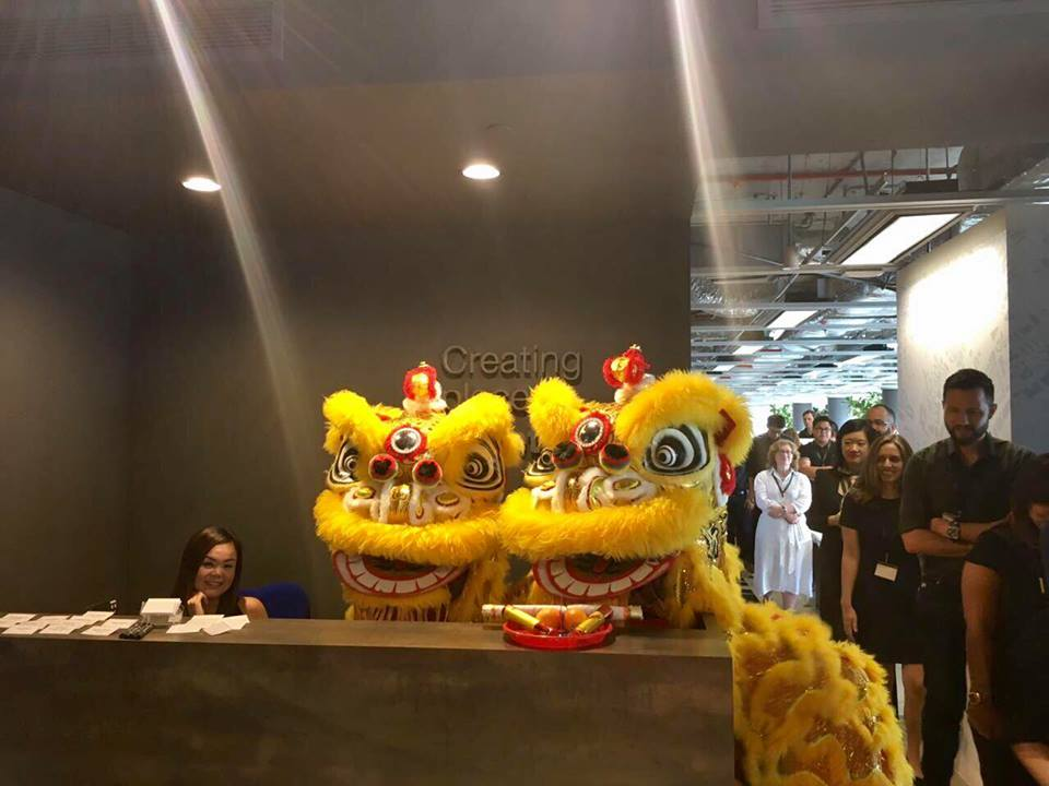 lion dance singapore yellow